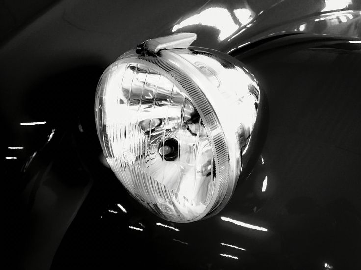 Tribute to the car #2CV #Charleston. Produced by #Citroën 1948-1990. #lamp #design #vintage
