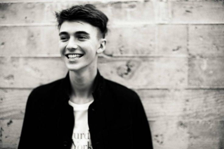 Greyson Chance Is All Grown Up and Ready For a Comeback | Live ...