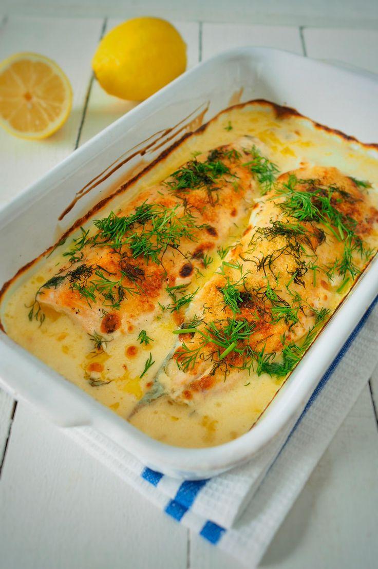 Taimen uunissa. Voita, kermaa, suolaa ja pippuria. Siinä on onnistumisen avaimet moneen hyvään ruokaan.