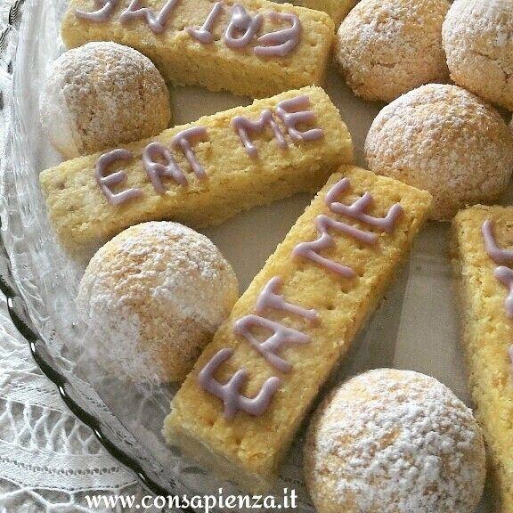 Shortbread - Coconut biscuits - Mad hatters Alice in Wonderland Tea party #consapienza