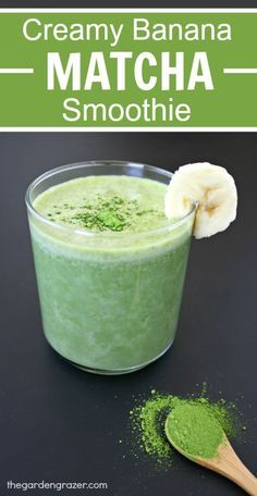 4-ingredient Banana Matcha Smoothie!! Super creamy, refreshing, energizing, and antioxidant-rich! (vegan, gluten-free)