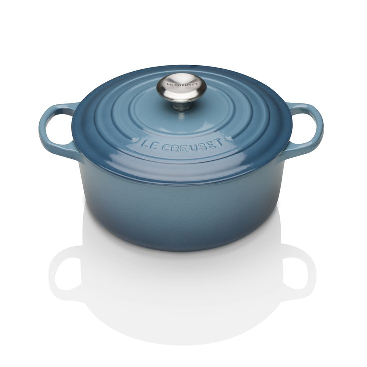 Ideal for casseroles, soups or evening baking a crusty cob, our new Marine Blue looks fabulous in any kitchen setting.