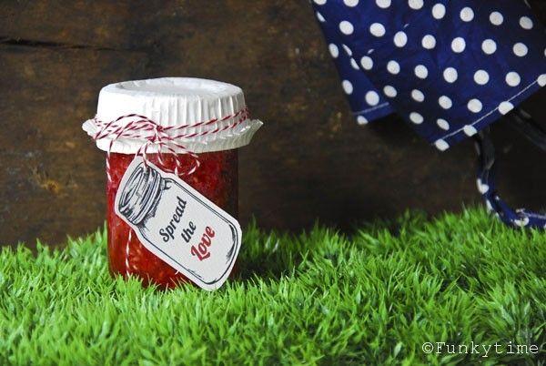 Homemade Jam plus free printables!Jam Gift, Jam Recipe, Gift Ideas, Homemade Jam, Parties Ideas, Diy Jam, Gift Tags, Printables Labels, Free Printables