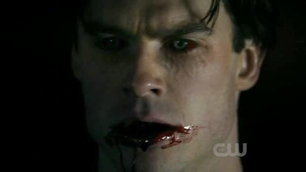vampires biting people - photo #48