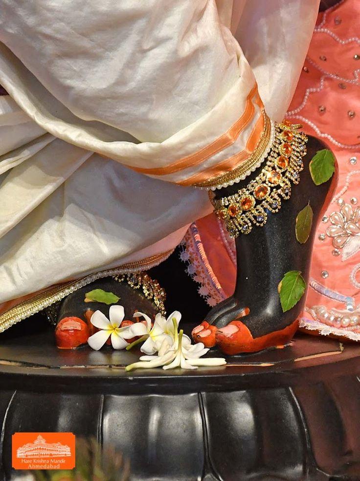 Hare Krishna Temple Ahmedabad Deity Darshan 20 Jan 2018 (7)