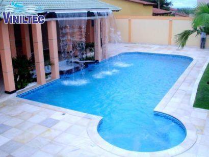 piscina de vinil com cascata instalada no telhado