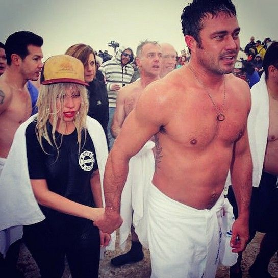 Lady Gaga, and Fiancé Taylor Kinney Take #ChicagoPolarPlunge