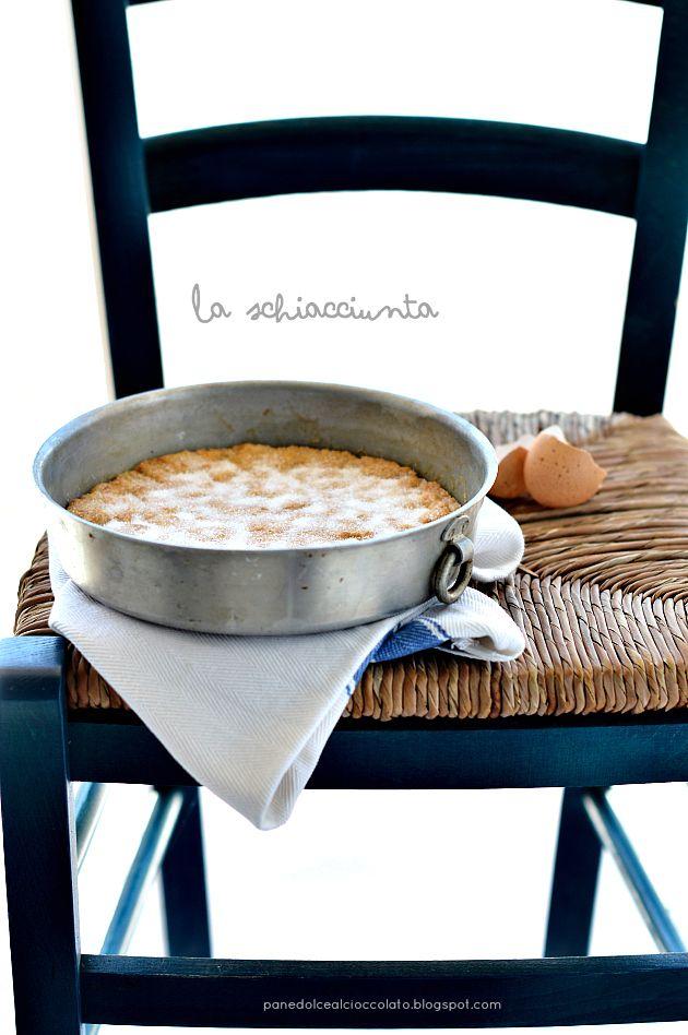 """La schiacciunta"", la ricetta di Gabila del blog ""Panedolcealcioccolato"" http://panedolcealcioccolato.blogspot.it/2014/07/la-schiacciunta.html#.U77ezPl_tG4"
