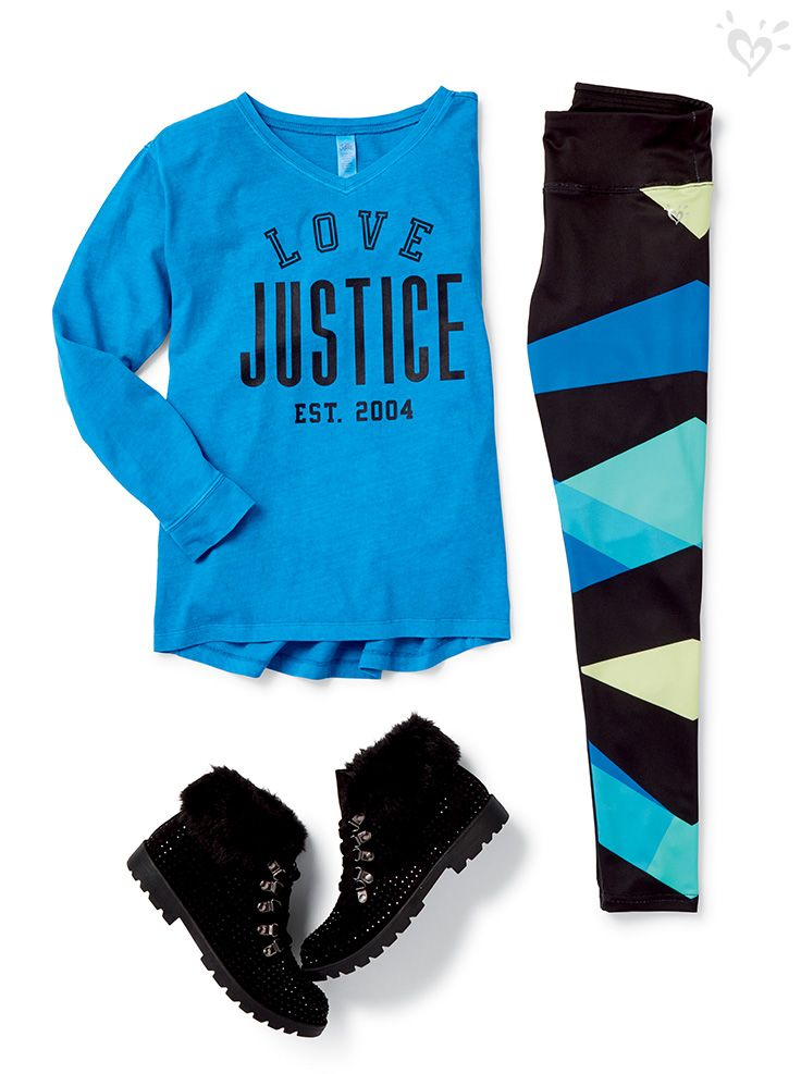 Geo patterned leggings, faux-fur trimmed boots and a bright long sleeve make an effortless outfit.