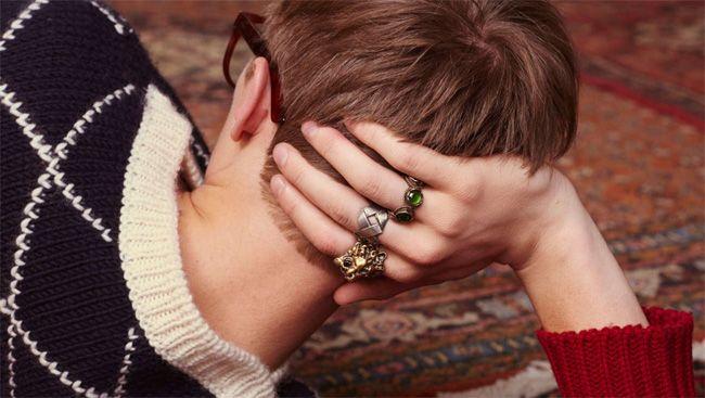 Gucci Men's Cruise 2016 Lookbook: knitwear, vintage-inspired rings and eyewear