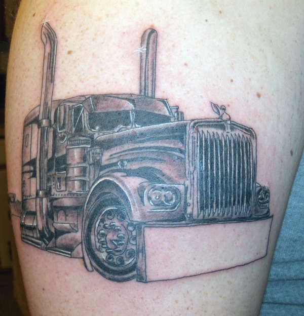 Sommige vrachtwagenchauffeurs zijn ontzettend gek op hun werk. Voor hun is het een manier van leven. De vrijheid en altijd onderweg. Het is daarom dus ook niet gek dat sommige chauffeurs graag een...