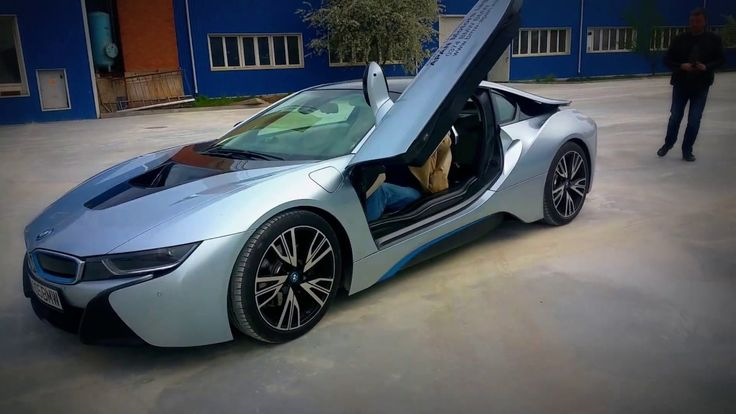 BMW i8 Model Overview I Reviews - BMW i8 Price, Photos, and Specs Top Ge...