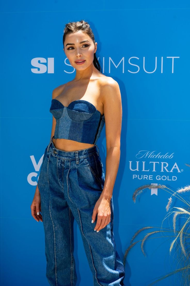 OLIVIA CULPO at Sports Illustrated Swimsuit on Location