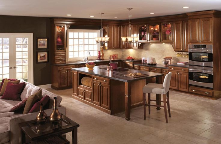 Umber cabinets oak kitchen cabinets aristokraft for Aristokraft oak kitchen cabinets