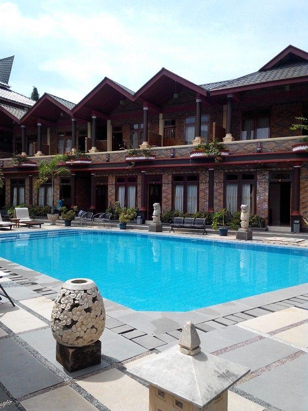 Samosir Village Hotel. Lake Toba