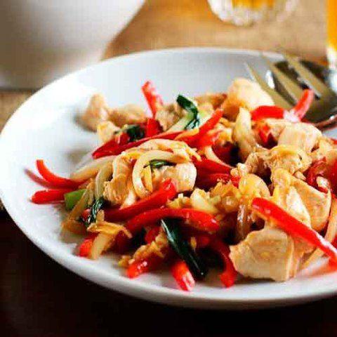 Стир-фрай с курицей по-тайски: рецепт