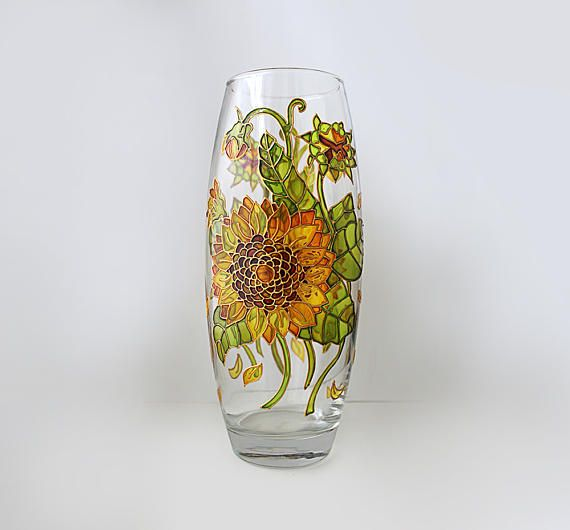 Check out this item in my Etsy shop https://www.etsy.com/ru/listing/512150418/sunflower-glass-vase-flower-vase