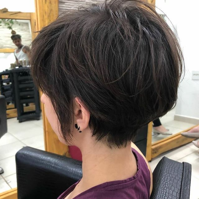 50 Niedliche Texturierte Bob Frisuren Kurz Stufig In 2020 Short Layered Haircuts Fine Hair Short Layered Haircuts Layered Haircuts