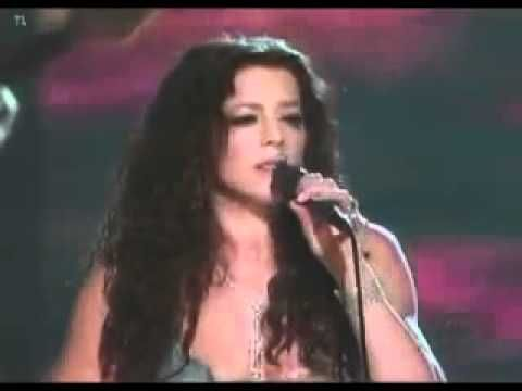 Sarah McLachlan with Alison Krauss - Fallen [Live]; Two incredible women who do it all on their own terms