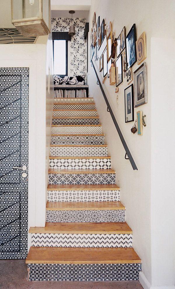 Verwandle deine eintönige Treppe in etwas Schönes mit diesen 14 DIY Bastelidee…