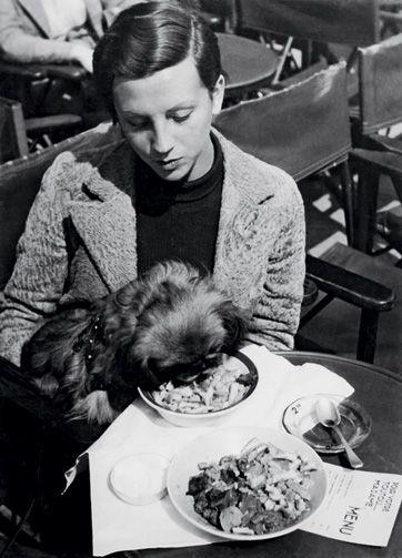 Gerda Taro, Paris. Photo: Robert Capa.