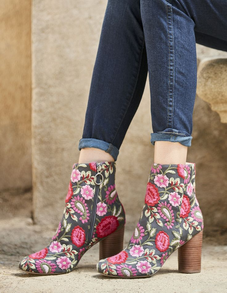 Pink floral embroidered ankle booties | Sole Society Mullholland | Fall 2017 Collection