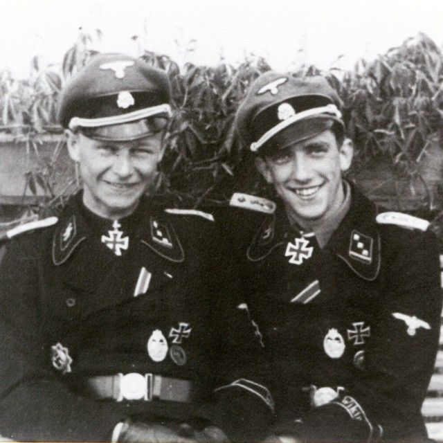 Ritterkreuzträger SS-Ostuf. Willi Hein (right) and his friend Ritterkreuzträger SS-Ostuf. Kurt Schumacher (left) in summer 1944