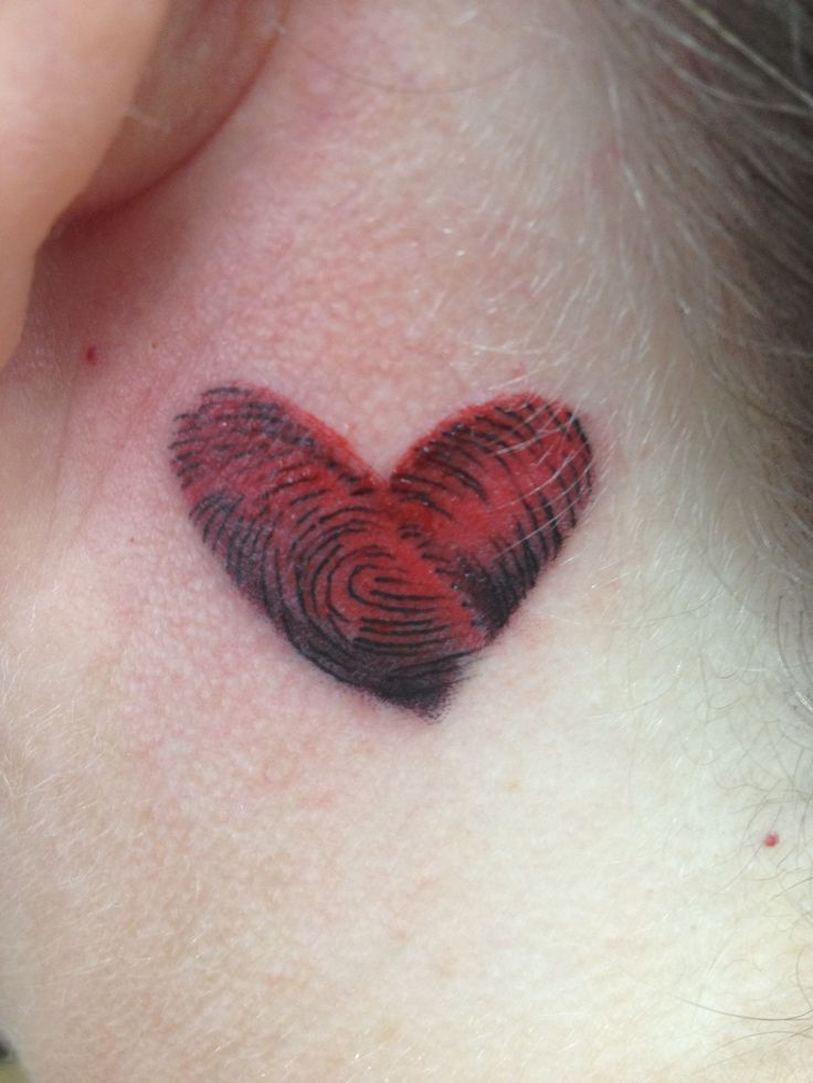 Fingerprint heart tattoo, could use the kids finger print! Cute!!!