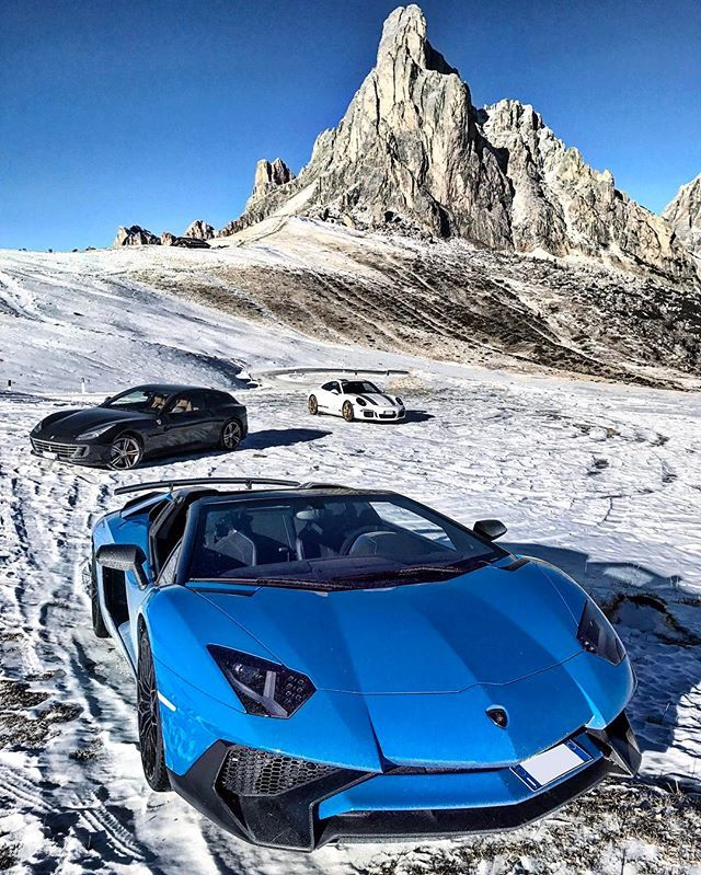 Lamborghini Aventador, Ferrari FF, and Porsche 911