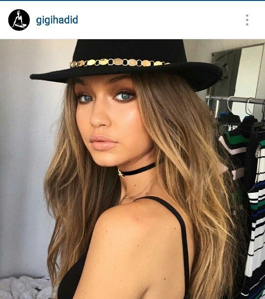 Awesome hair and makeup  Gigi Hadid