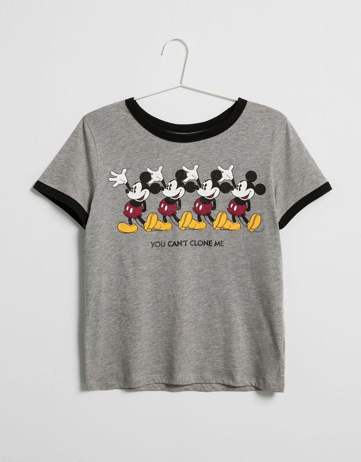Camiseta BSK contrastes Mickey - New - Bershka España