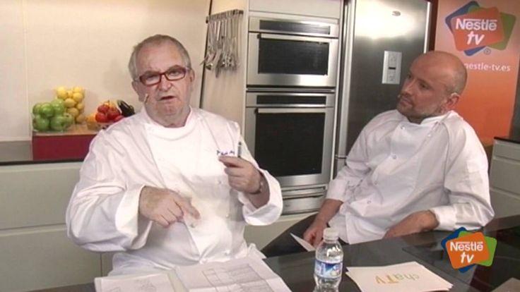 Cómo CARAMELIZAR CEBOLLA Chff. ARSAK. Cocinar mucho tiempo 4 horas fuego muy lento.. https://www.youtube.com/watch?v=fwV8lX8EFzU