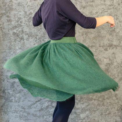 Юбки ручной работы. Ярмарка Мастеров - ручная работа. Купить Воздушная тёплая юбка из мохера. Handmade. Тёмно-зелёный, юбка