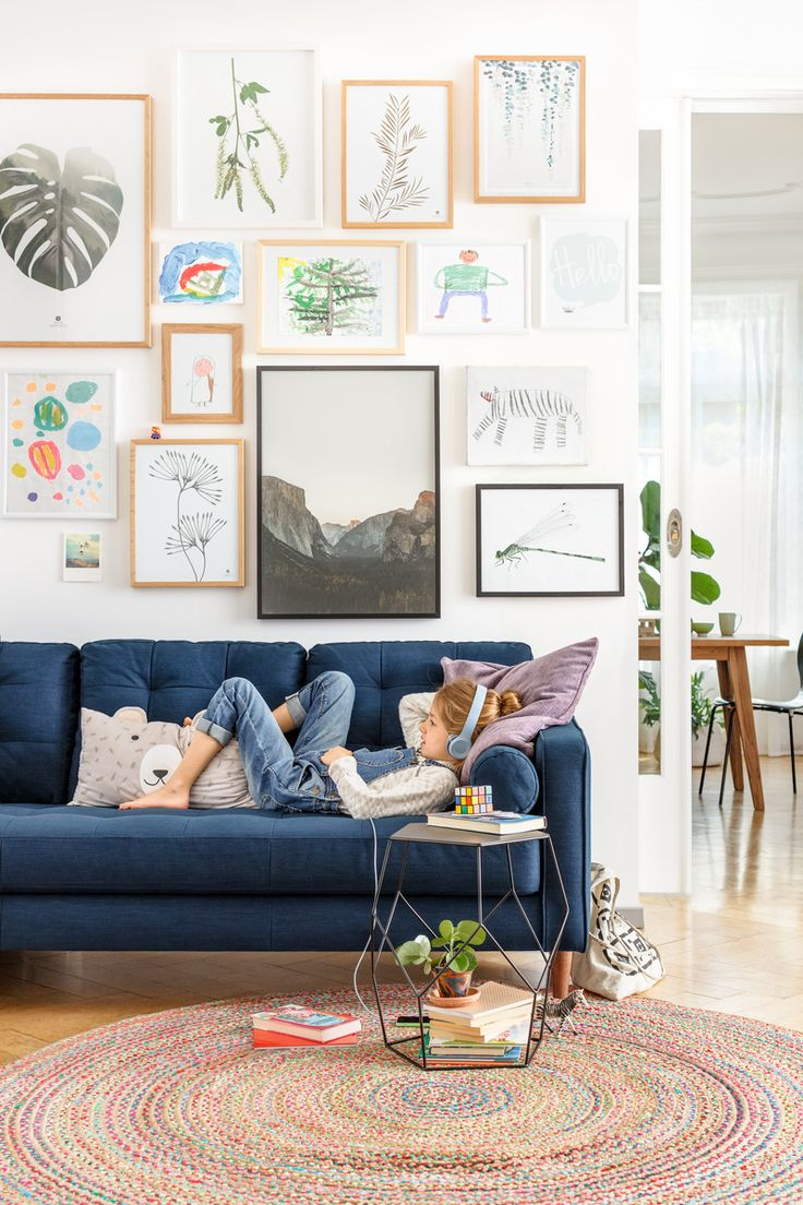 Micasa Wohnzimmer mit 3er-Sofa SEIFERT & Beistelltisch DIEM