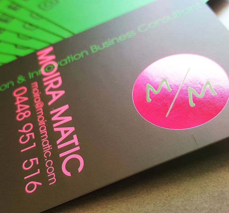 When emerald and magenta come together.... @moiramatic #foilprint #foilbusinesscards #magentafoil