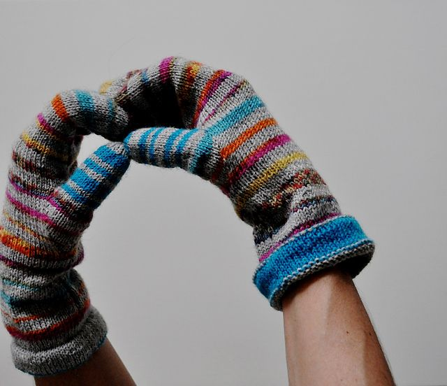239 Best Knitting Gloves With Fingers Images On Pinterest