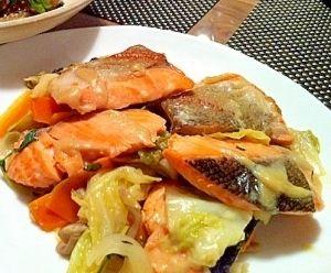 「野菜たっぷり!!鮭のちゃんちゃん焼き」フライパンで手軽に作れます~【楽天レシピ】