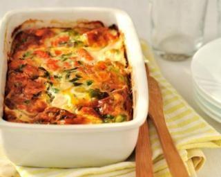 Clafoutis salé allégé aux tomates et artichaut : http://www.fourchette-et-bikini.fr/recettes/recettes-minceur/clafoutis-sale-allege-aux-tomates-et-artichaut.html