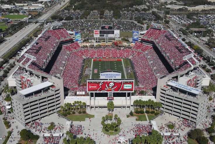 Tampa Bay Buccaneers Raymond James stadium