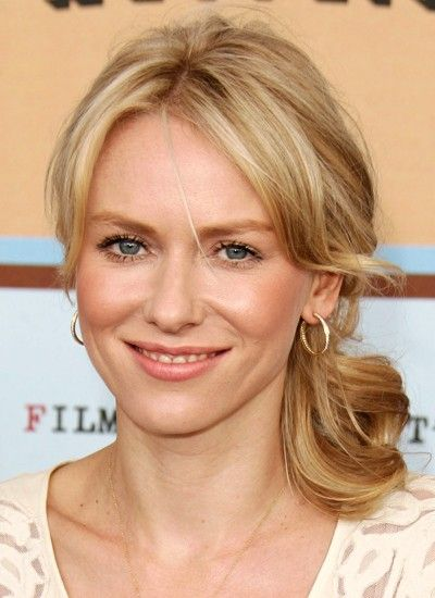 Naomi Watts is playing Evelyn Tobias' mother.