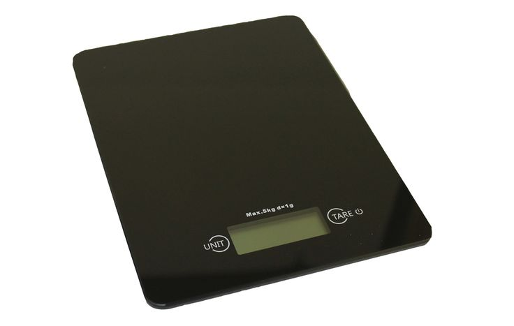 As all coffee aficionados know, the best coffee comes when you can measure out your coffee exactly. This scale allows you to do just that. And when it comes to baking, mass is always better than volum