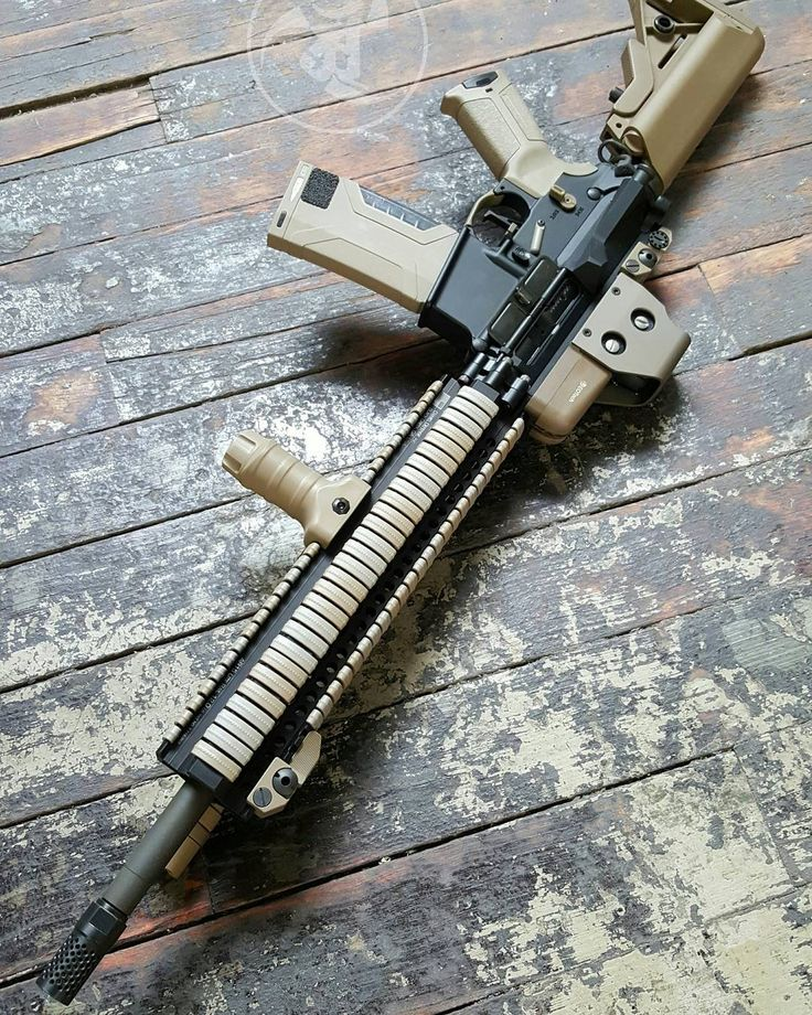 Quad rail city on this one. One of our guy's older builds.  #gunsdaily…