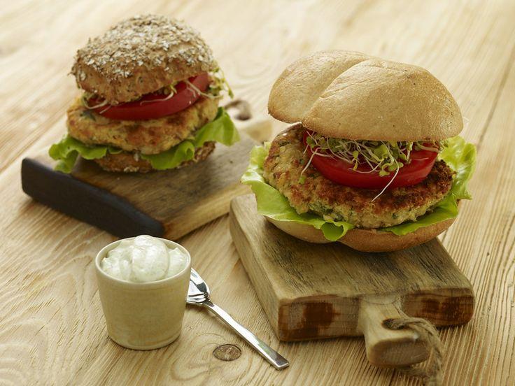 Wegetariański burger z soczewicą i pestkami słonecznika