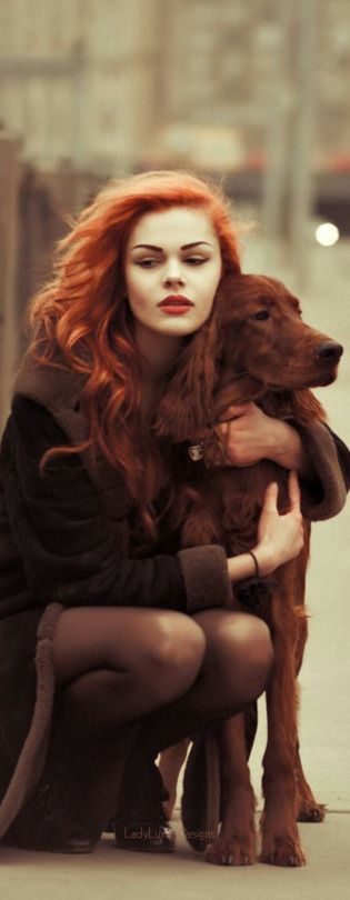 Gorgeous redhead and her bff. ~ETS #redheads