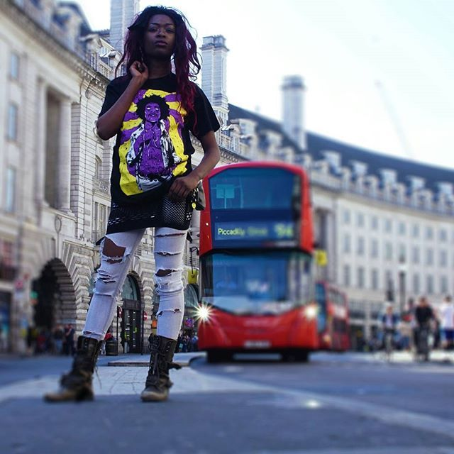 "CRMC X Deladeso ""Purple Grime"" Tee Available at www.crmcclothing.co | WE SHIP WORLDWIDE Model - Davina Miller Photography by Vizualography #hendrix #jimihendrix #grime #grimeart #dope #lit #boss #blackwear #black #loveblack #iloveblack #alternative #blackmodel #blackgirlsrock #alternativeblackwomen #beautifulblackwomen #melaningoddess #Grime #grimedesign #grimeartist #Grimeart #alternativewear #alternativestreetwear #alt #altwear #deladeso #digitaldeathandgrime #streetwear #CRMC…"