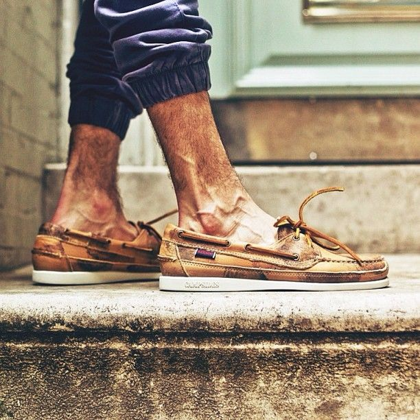boat shoes and sweats | lazy wear