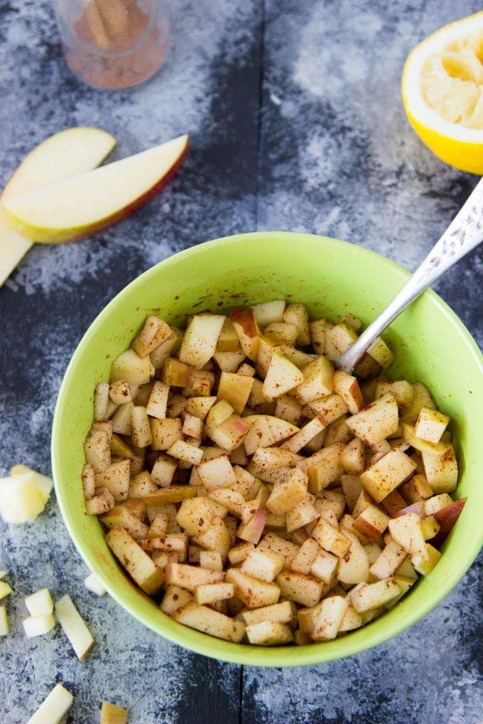 Mini Caramel Apple Pies – Einfache gesunde Küche   – Dessert ideas for program