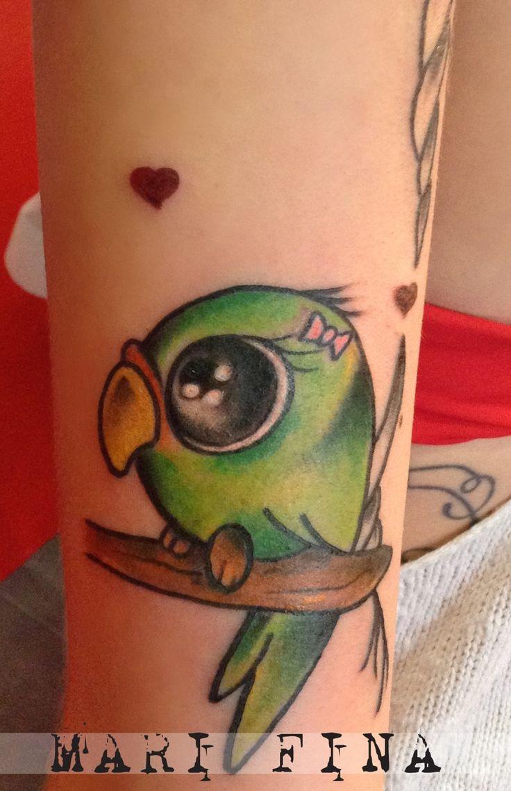 Pappagallina Tattoo artist: Mari Fina  Categoria:cartoon / newschooltattoo http://www.subliminaltattoo.it/prodotto.aspx?pid=01-TATTOO&cid=18  #marifina #inseparabili #cartoontattoo #marifinatattooartist #subliminaltattoofamily #greenparrottattoo #lovetattoo  #tattooartists #tatuaggi #tattoos