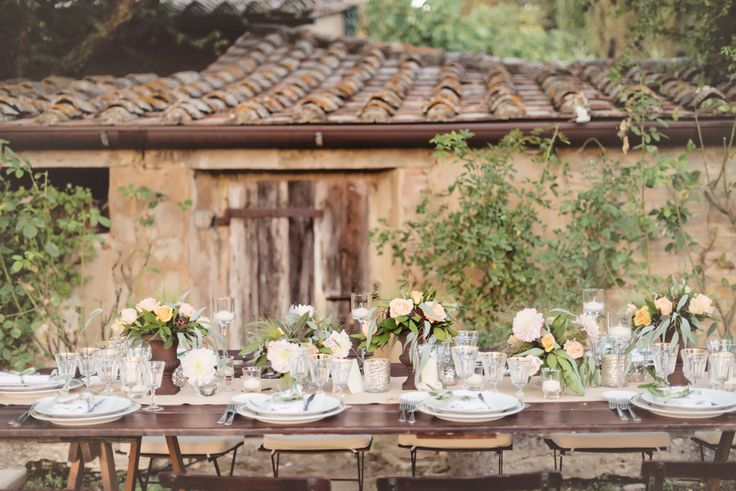 Outdoor Italian Countryside Wedding Reception | photography by http://rochellecheever.com