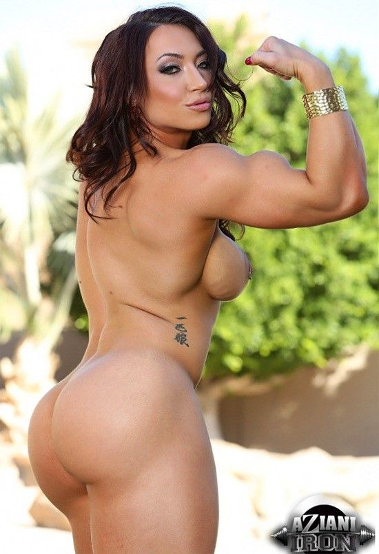 Some bodybuilder female pornstar